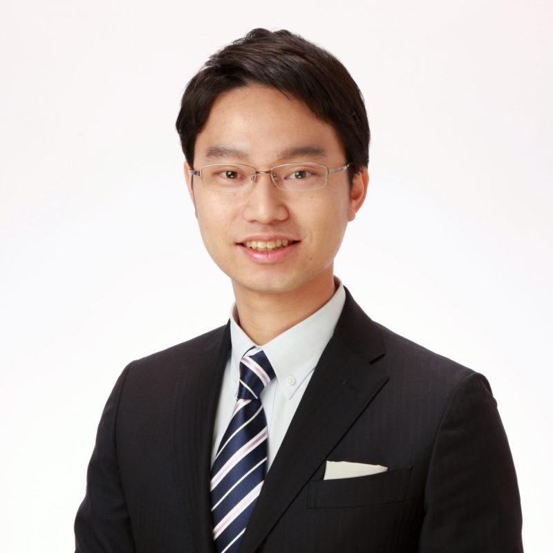 弁護士青木亮祐